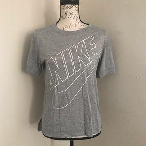 Nike Gray Short Sleeve Shirt